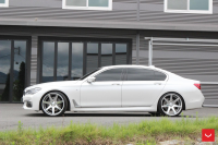 Фото галерея Vossen: BMW 7-Series на дисках Vossen CV7